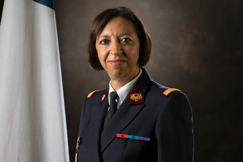 La première femme aux commandes du service de santé des armées
