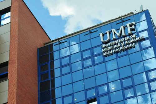 En direct de CLUJ-NAPOCA : Audrey fière d'étudier médecine en Roumanie