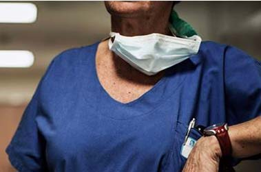 Payés 2000 euros la journée, le scandale des intérimaires hospitaliers perdure